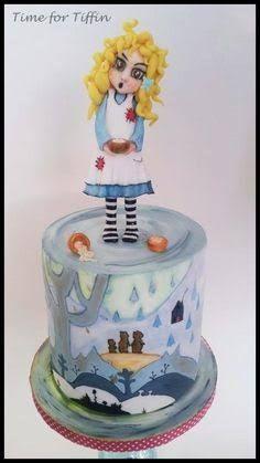 Evil looking goldilocks cake