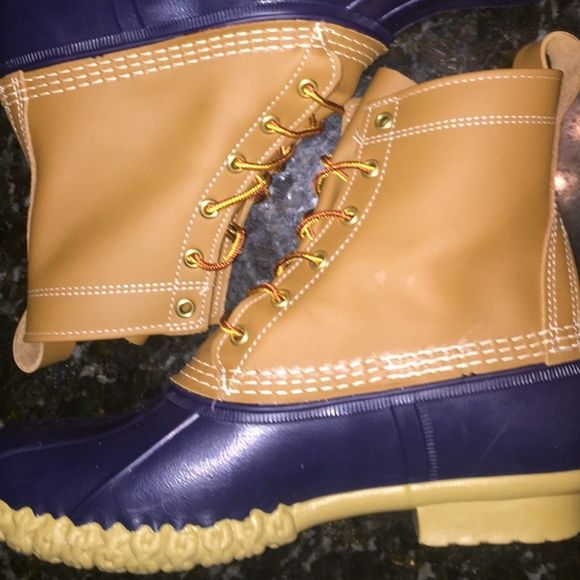 L.L. Bean duck boots women's size 8 new L.L. Bean duck boots women's size 8  new with tags excellent condition !! Handcrafted in Maine authentic bean boots !! Purchased from L.L. Bean L.L. Bean Shoes Winter & Rain Boots