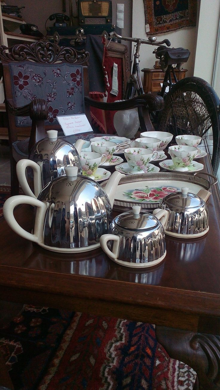 Art deco English Ever Hot cerca 1920-1930 tea set