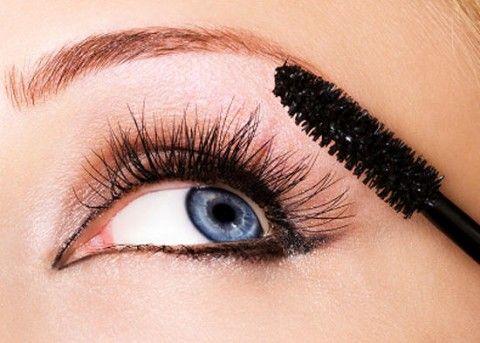 Мифы о макияже, которые нам пора забыть.