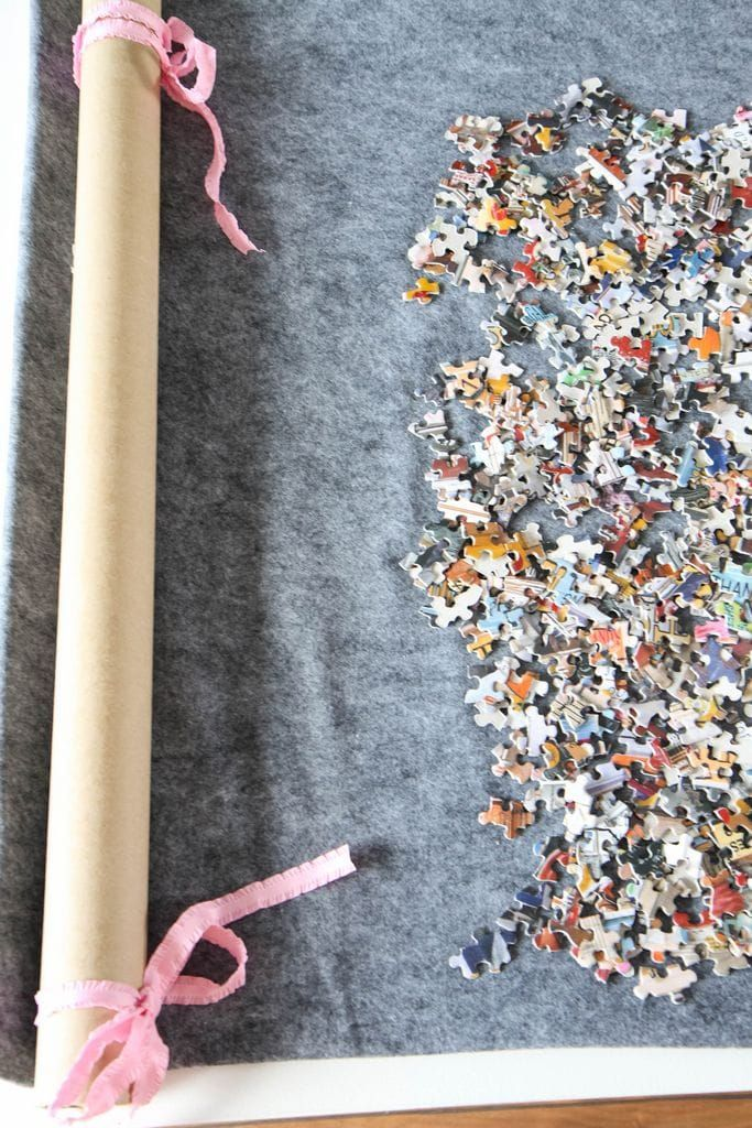 DIY Roll-Up Jigsaw Puzzle Mat from MomAdvice.com