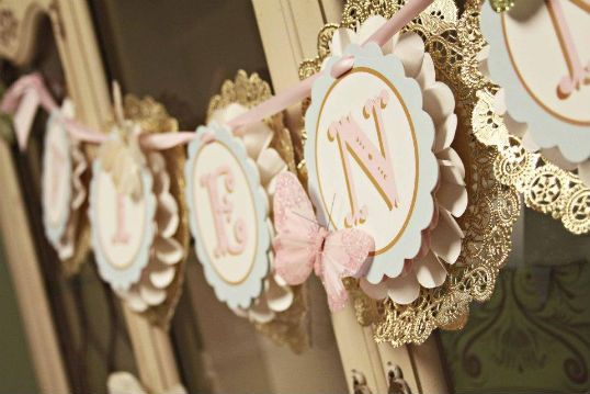 vintage banner - Gold Doilies