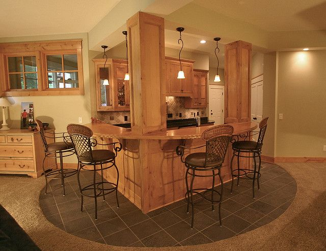 Basement bar... this would look great in our basement and would still have room for all the work out equipment we own