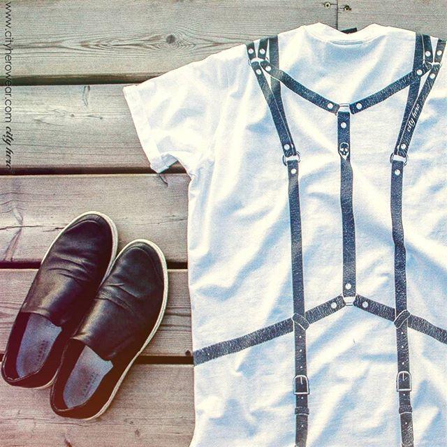 Fasten belts, gentlemen.. Пристегните ремни, господа.. T-shirt Portoupei 1,999 руб | 35,99 EUR #cityhero