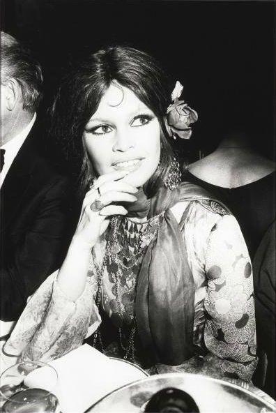 """Brigitte Bardot, 1956 Presentation på Lido """"Et Dieu Crea la femme"""" av Roger Vadim.  Foto av Hughes Vassal (b.1933)."""