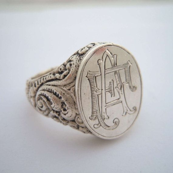 Aristocratic solid 835 silver signet ring monogram FA by Joantik, €150.00