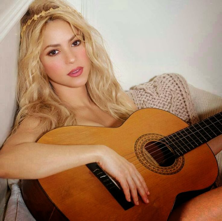 """""""Before you came along, It was all beautiful I have nothing left, In my heart, in my soul""""  #YouDontCareAboutMe https://itunes.apple.com/mx/album/shakira.-deluxe-version/id825811721?ign-mpt=uo%3D4"""