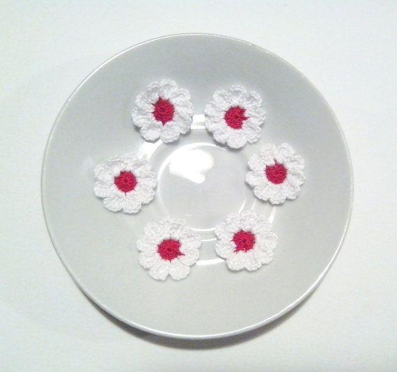 Fiori rossi a uncinetto per applicazioni / Set di Handmadesfiopi