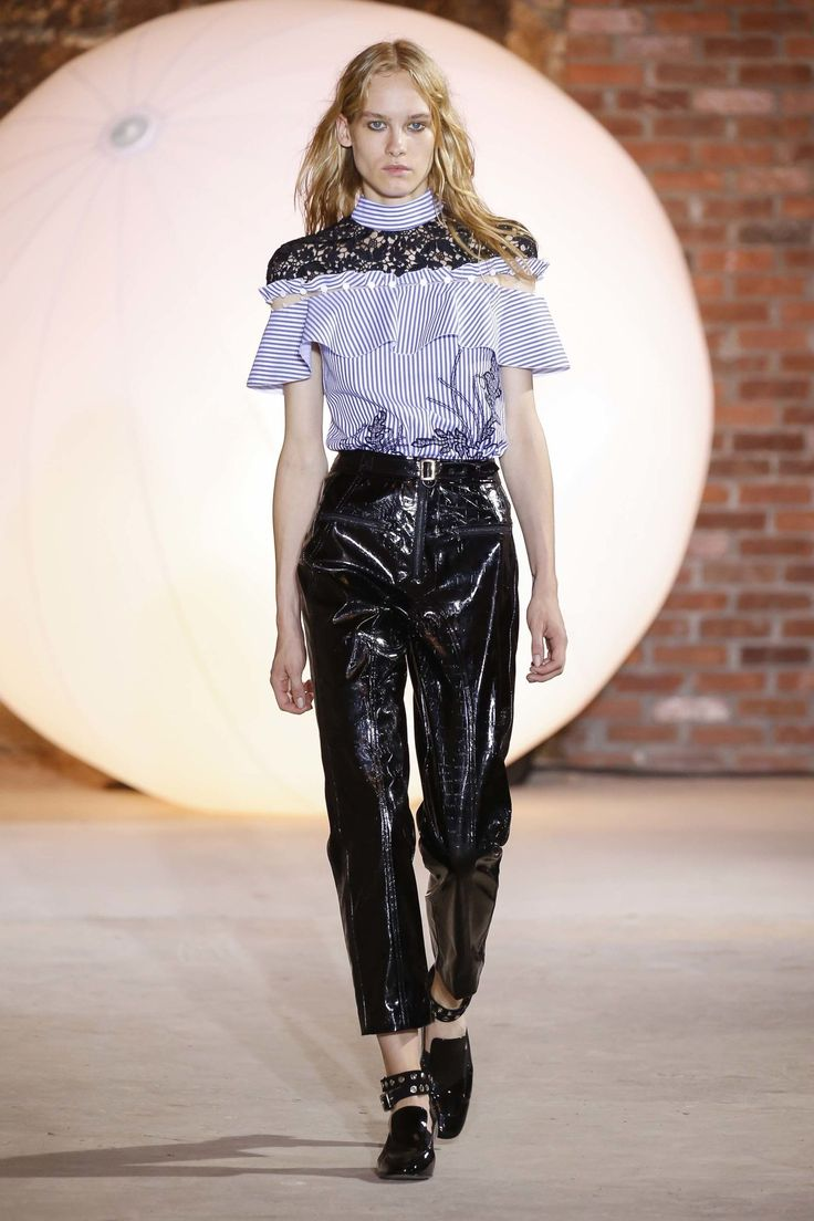 Self-Portrait New York Spring/Summer 2017 Ready-To-Wear Collection   British…