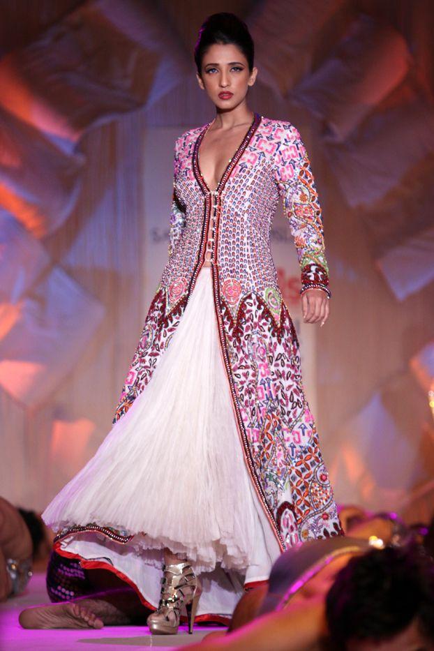 The 285 best Fashion: Abu Jani Sandeep Khosla images on Pinterest ...