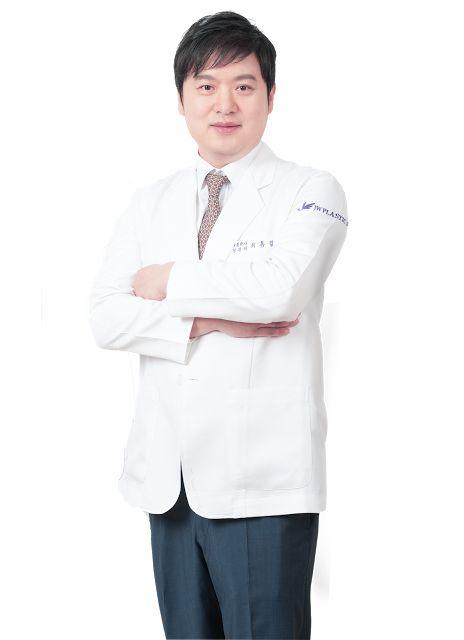 #doctorchoi#honglimchoi#besteyesurgeon#besteyesurgery#jwplasticsurgery#vietnam#ptosiscorrection#doubleyelidsurgery#doubleeyelid#koreaneyelid#koreaneyelidsurgery#bestkoreaneyelidsurgeon#koreanplasticsurgery#koreanplasticsurgery#eyesurgeryspecialist#besteyelidsurgeryspecialist#cometokorea#followkorean#korea#seoul#apgujeong#gangnam#gangnamsurgery