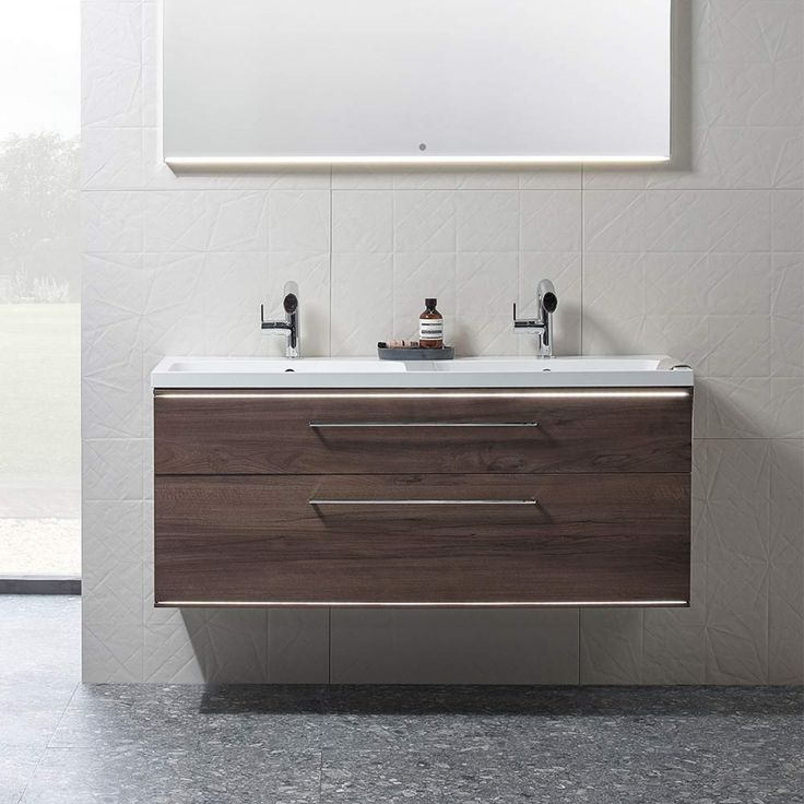 £991.36 double basin. no pre drilled handle holes. 'his & hers' basin unit from Roper Rhodes