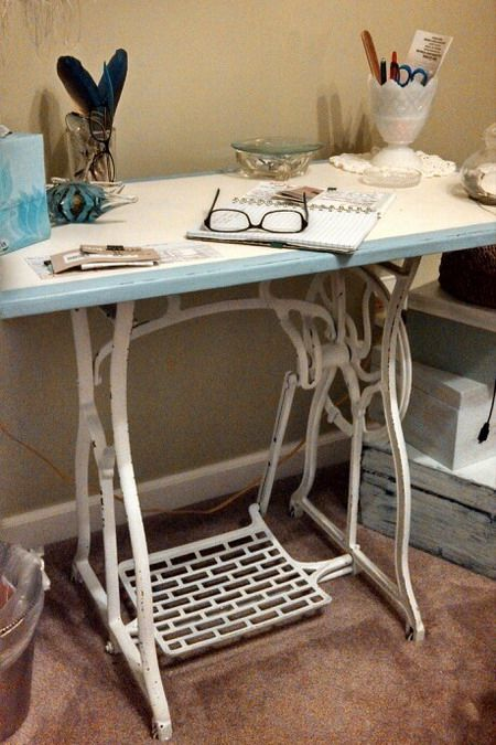 Столики из старой швейной машинки. Обсуждение на LiveInternet - Российский…