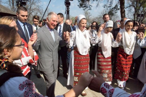 Принц Чарльз может стать князем Трансильвании https://joinfo.ua/showbiz/1203379_Prints-Charlz-stat-knyazem-Transilvanii.html {{AutoHashTags}}