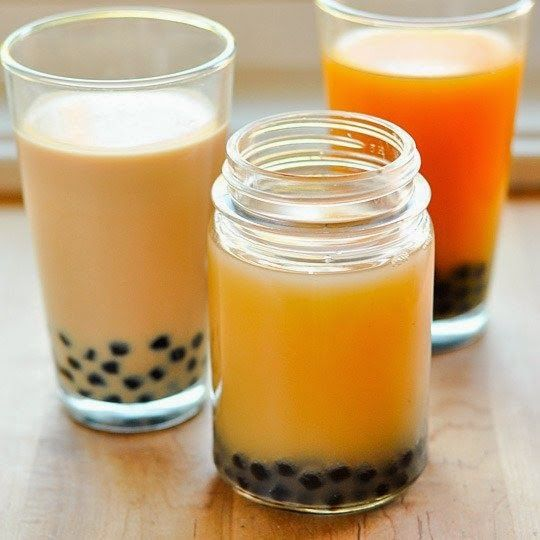 How do you make bubble tea? Bubble tea is very easy to make and it is much cheaper than buying it in a café. Click the picture for a very easy-to-follow recipe for bubble tea. #bubbletea #recipe