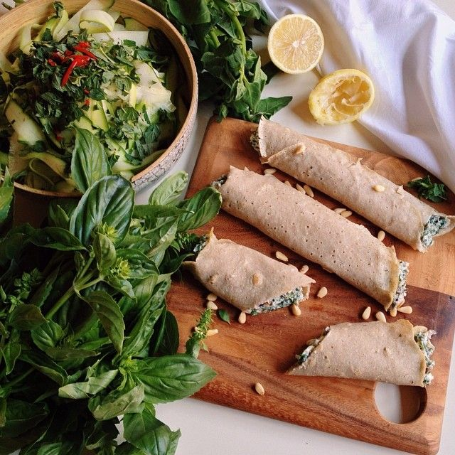 Ricotta spinach crepes from Lola Berry