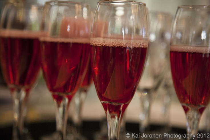 Non alcoholic Cranberry sparkling dring from Kontiomehu - small producer from Eastern Finland (North Karelia). Kippis!