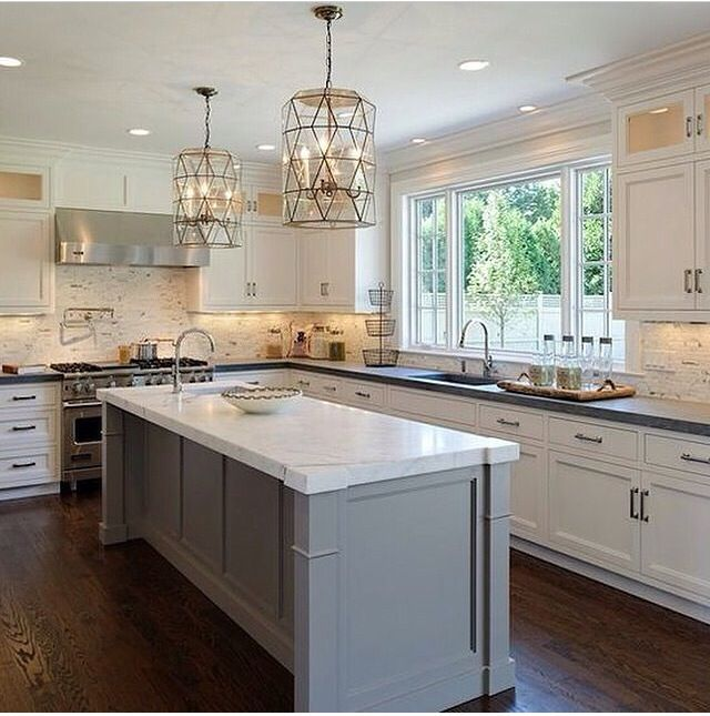 25 best ideas about long narrow kitchen on pinterest for Kitchen island for narrow kitchen