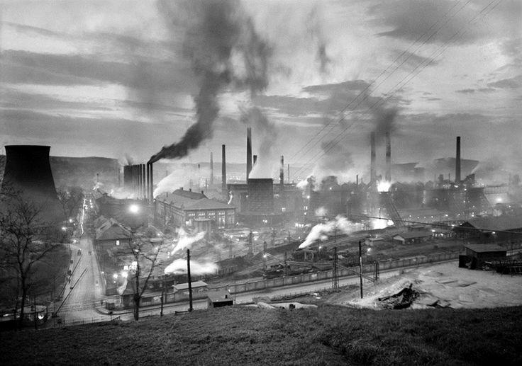 Vadas Ernő: Vasváros, Ózd / Iron Town, Ózd, 1954
