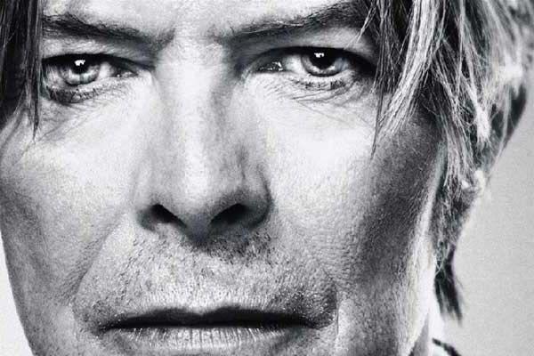 David Bowie: Gift, Happy Birthday, Faces, Bijoux Decoratif, Interesting People, David Bowie, Birthday David, Beautiful People, Davidbowi