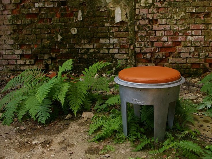 odpadkový taburet