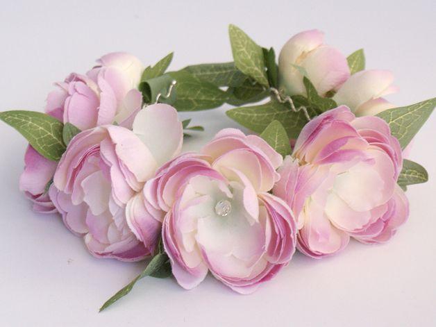 Diadeems - Hoofdband met bloem / Bloemen diadeem - Een uniek product van LolaWhite op DaWanda