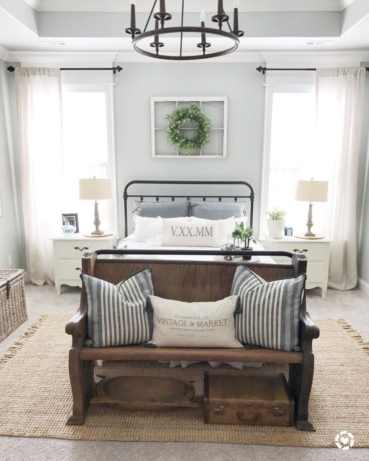 Farmhouse bedroom...«« look at the dough bowl and suitcase !!»»