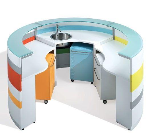 NEWTOM TWIST BY ULTOM , UFFICIO BENELUX BV, Een collectie waarmee in iedere werkomgeving de juiste toon kan worden aangegeven. Grote flexibiliteit in vormen, materialen en kleuren.