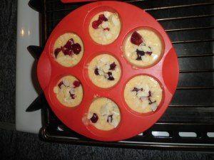 Muffins aux cerises et aux amandes
