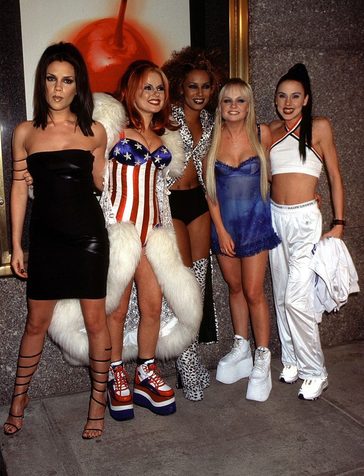 The Spice Girls in sneakers at the 1997 MTV Video Music Awards