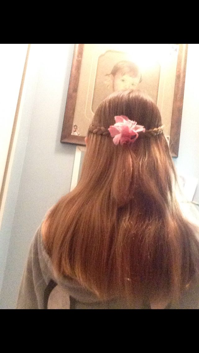 Hair style with a flower