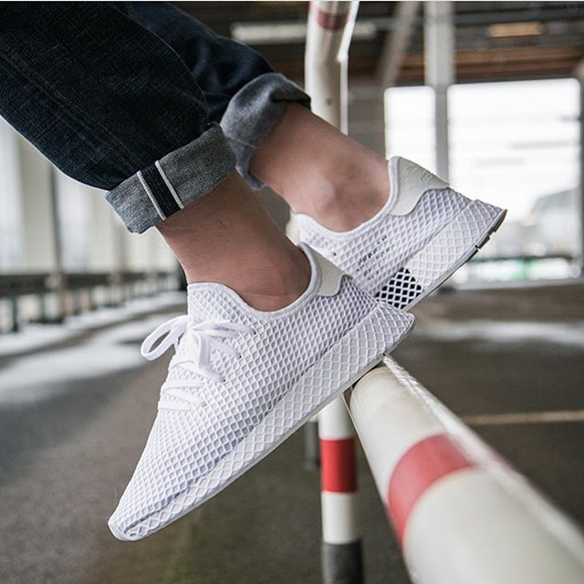 buy popular ed27b 6fdcb Adidas Deerupt White