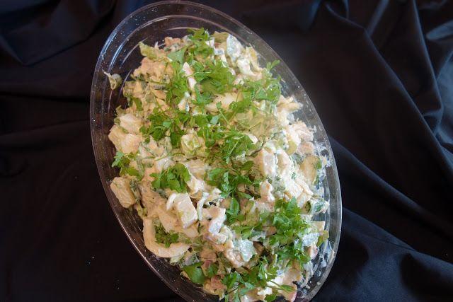LA VERA  IN BUCATARIE: Salata de oua cu cartofi si ciuperci