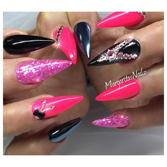 Hot electric pink and black sharp stiletto nails