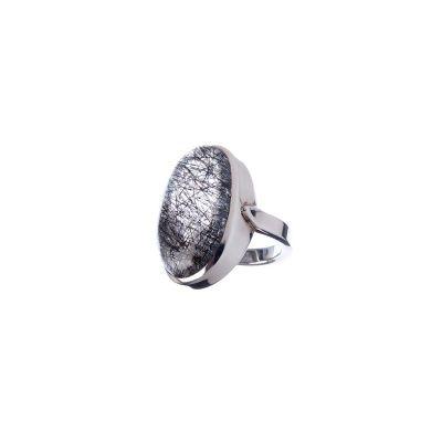 Anello con cabochon ovale liscio in Quarzo Tormalinato e Ag 925