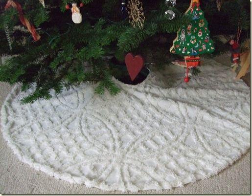 vintage chenille tree skirt