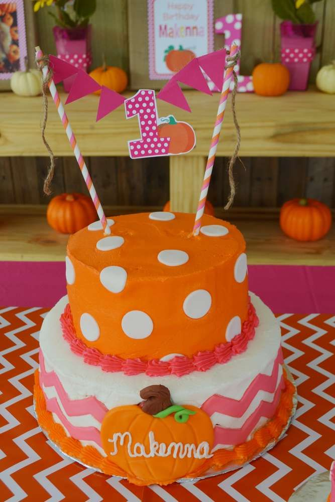 Makenna's Pumpkin Patch Cake ~ 1st Birthday Party | CatchMyParty.com