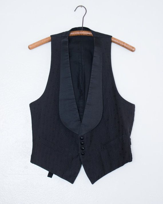 453.30 kr. antique silk waistcoat  S by BabyStrangeVintage on Etsy