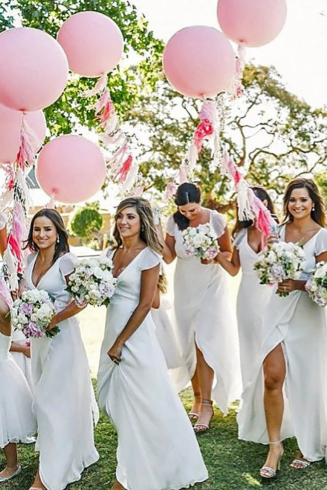 Love is in the air! Balloon Photo Ideas For Your Big Day ❤ Use balloons in…