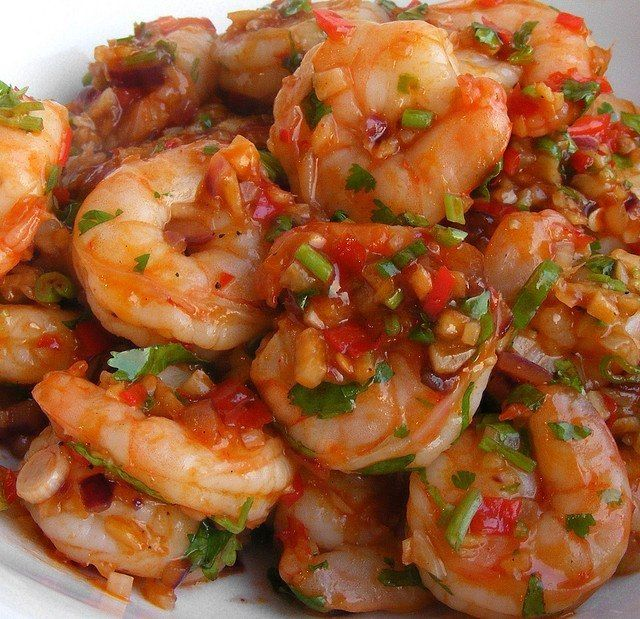 Shrimp in tomato sauce
