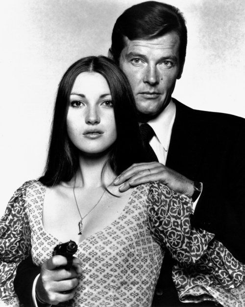 Jane Seymour and Roger Moore (Live and Let Die - 1973)