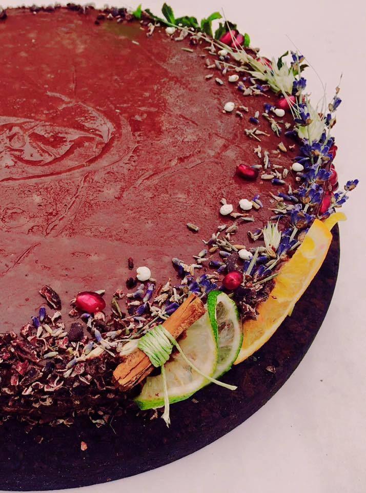 #takeaway #catering #delivery #vegetarian #rawvegan #manancasanatos