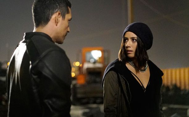 'Daisy'/'Quake' and 'Robbie Reyes'/'Ghost Rider' on 'Marvel's: Agents Of S.H.I.E.L.D.'