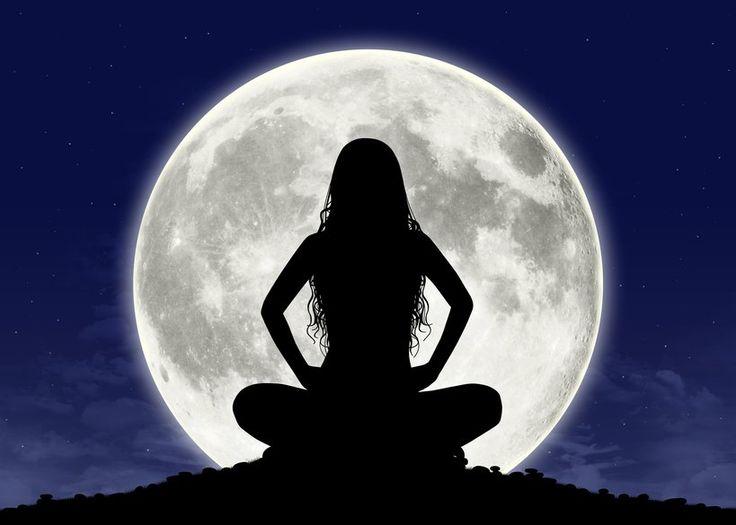 Meditação da Lua Cheia acontece mensalmente em todo Brasil