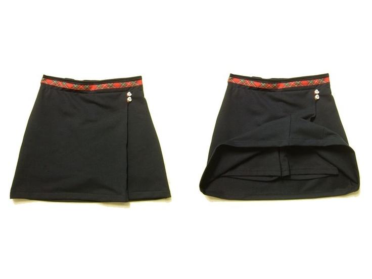 Gonna in Felpa a portafoglio con coulotte. Produzione School Uniforms. La trovi qui: http://www.coccobaby.com/divise-scolastiche/149/gonne