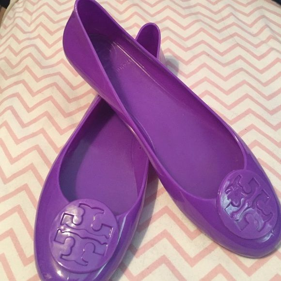 Tory Burch jelly flats In great condition and lightly used. Would love to  keep these