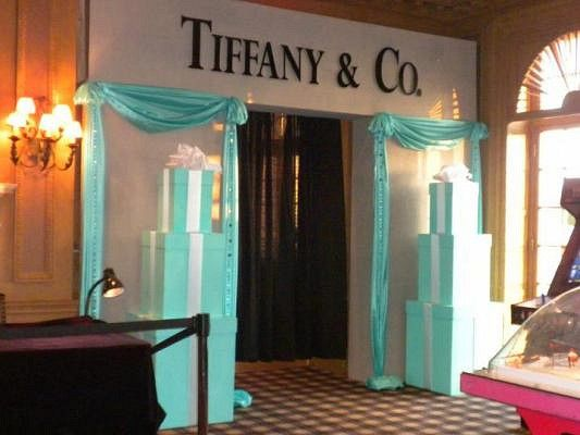 Sweet 16 Tiffany Theme | The entrance way for the sweet 16 p… | Flickr