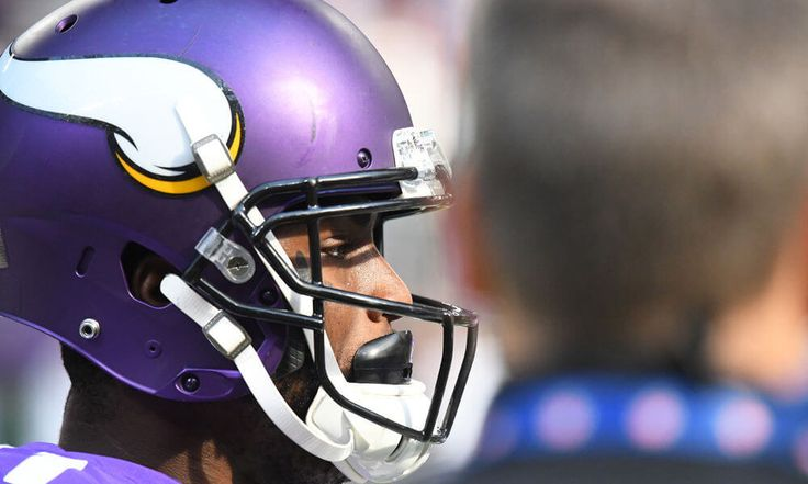 Laquon Treadwell fined for hit on Lenzy Pipkins = Minnesota Vikings wide receiver Laquon Treadwell was fined $24,309 by the NFL for his blindside block on Green Bay Packers defender Lenzy.....