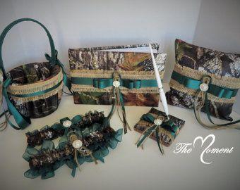 Camo Set de boda cesta de niña de las flores por TheMomentWedding