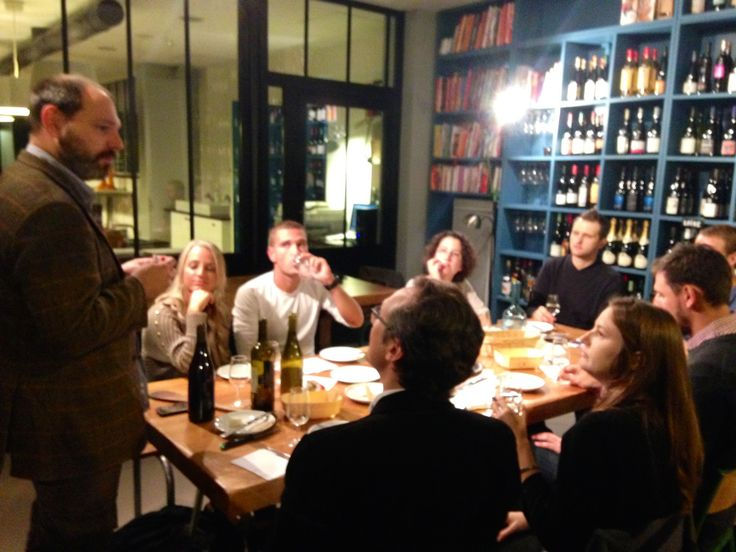 Total Western wine tasting with Vincent Utard #Winetastingevening #LaCaveaVincent #ToursdeCuisine #MeetMeOut #Paris